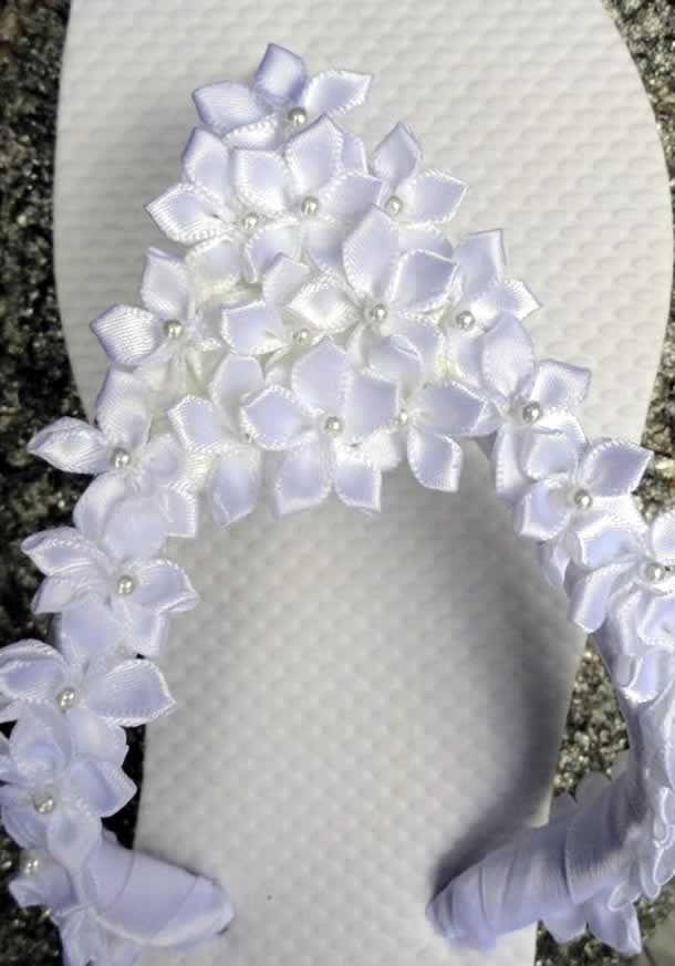 chinelo-decorado-com-flores-fita Mais