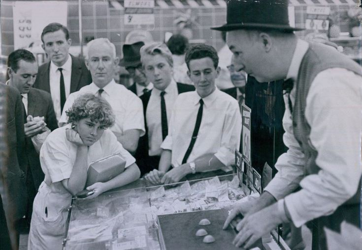 Magician and Svengali pitchman Joe Stuthard.