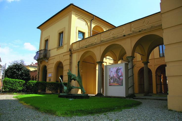 L'esterno della Galleria d'Arte Moderna Ricci Oddi, Piacenza