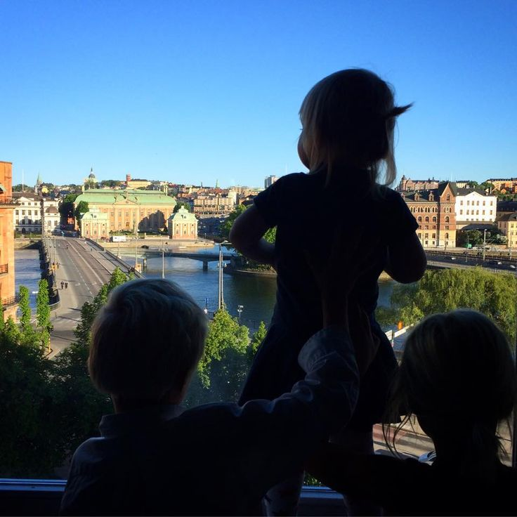 We love this photo of three little ones enjoying our view on the weekend. Thank you @resfredag for sharing this photo! #sheratonstockholm #roomwithaview #betterwhenshared #viewstockholm #visitstockholm
