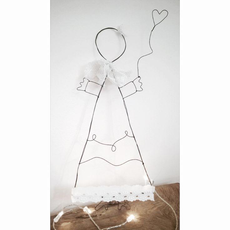 Bambolina in fil di ferro della serie Little Princess.