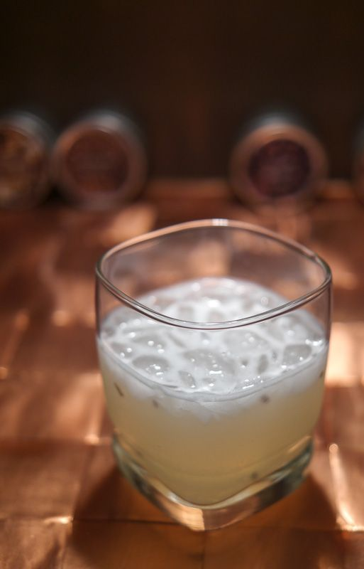 How to drink gin like a grown-up ~ a foolproof drink with flavor but not a lot of frills