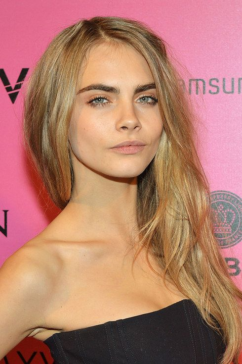 Cara Delevingne. | 26 Celebrities Who Prove Too Much Makeup Can Change Your Face