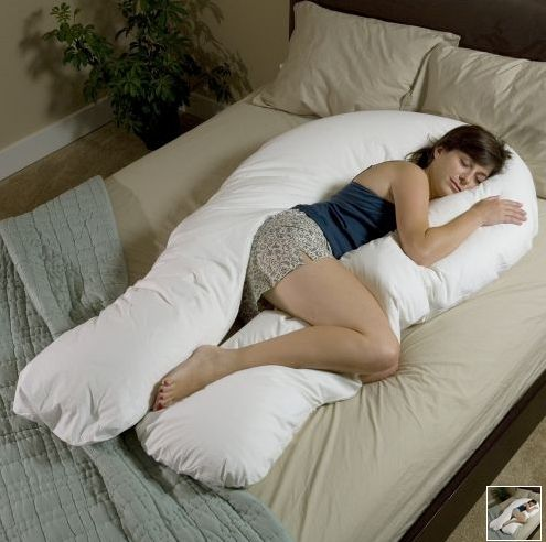 I SOOOOO NEED THIS!!! perfect pregnancy pillow for sure