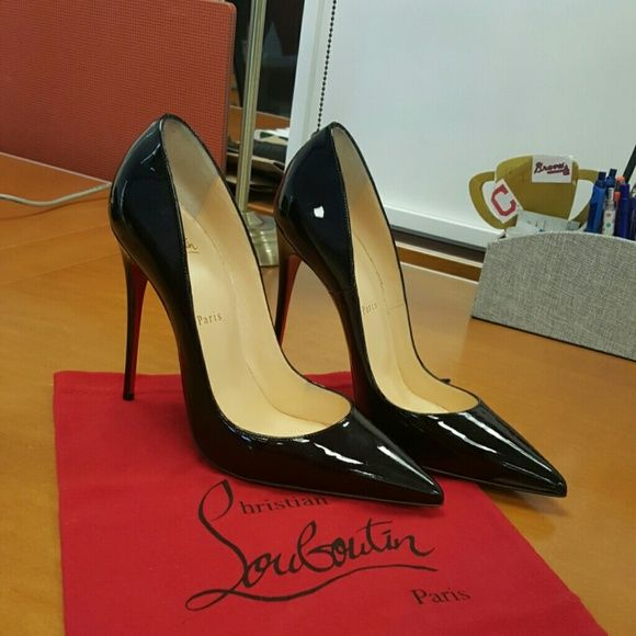 Christian Louboutin  pumps Patent leather Pigalle pumps in new condition. Never worn. Original dustbag and shoebox included Christian Louboutin Shoes