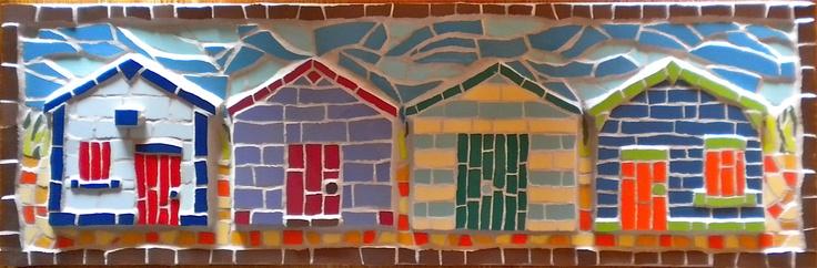 A mosaic beach hut by Just Mosaics - idéia para porta-chaves