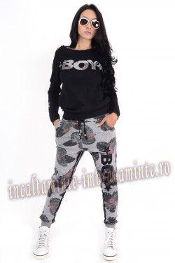 http://www.incaltaminte-imbracaminte.ro/cumpara/trening-dama-casual-negru-cu-imprimeu-floral-boy-7752463