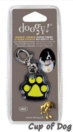 Pendentif Patte lumineux https://www.cupofdog.fr/collier-harnais-chihuahua-petit-chien-xsl-243.html