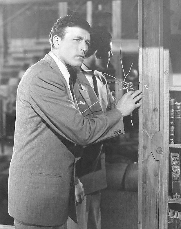 Lawrence Tierney, Bodyguard (1948)