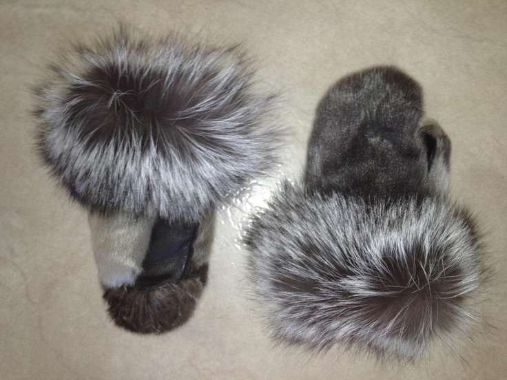 Inuit made sealskin mitts by Miriam Tautu-Fritsch