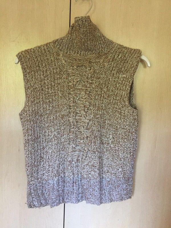 Sweterek beżowo biały śliczny zadbany tanio rozmiar S/M - vinted.pl
