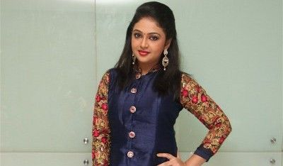 Tamil Actress Arundhathi Nair Profile and Photo Gallery