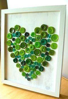 Aprende cómo hacer cuadros decorativos con botones de colores