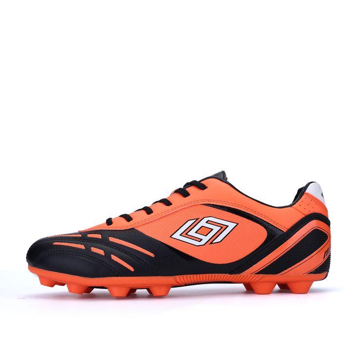 Aliexpress.com: Comprar 2016 hombres de fútbol calzan las botas zapatillas de deporte atlético larga clava los zapatos de fútbol de césped exterior FG zapatos de entrenamiento de fútbol Futsal de zapatos zapatillas de deporte fiable proveedores en Socone Brand Flagship Store