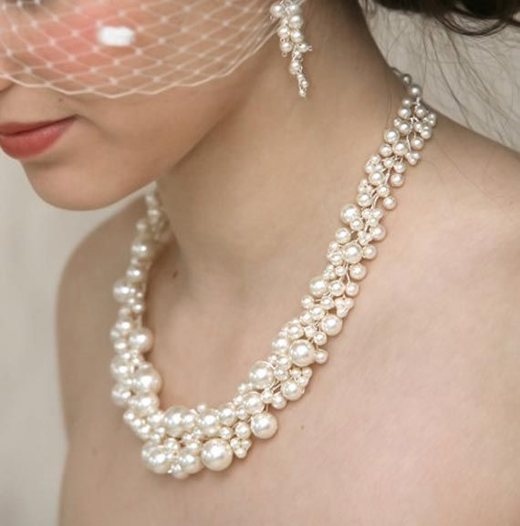 Vintage Wedding Pearl Necklace in Classic Design by Virginia Geiger