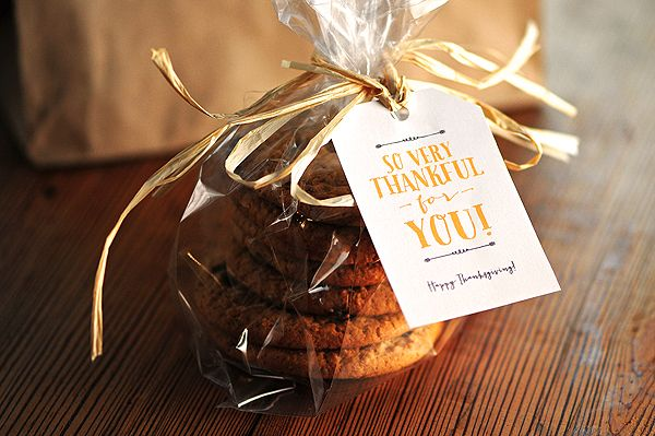 Thanksgiving is almost here, and here are some Free Thanksgiving Gift Tags & Note Card Printables just in time for those Thanksgiving goodie bags.