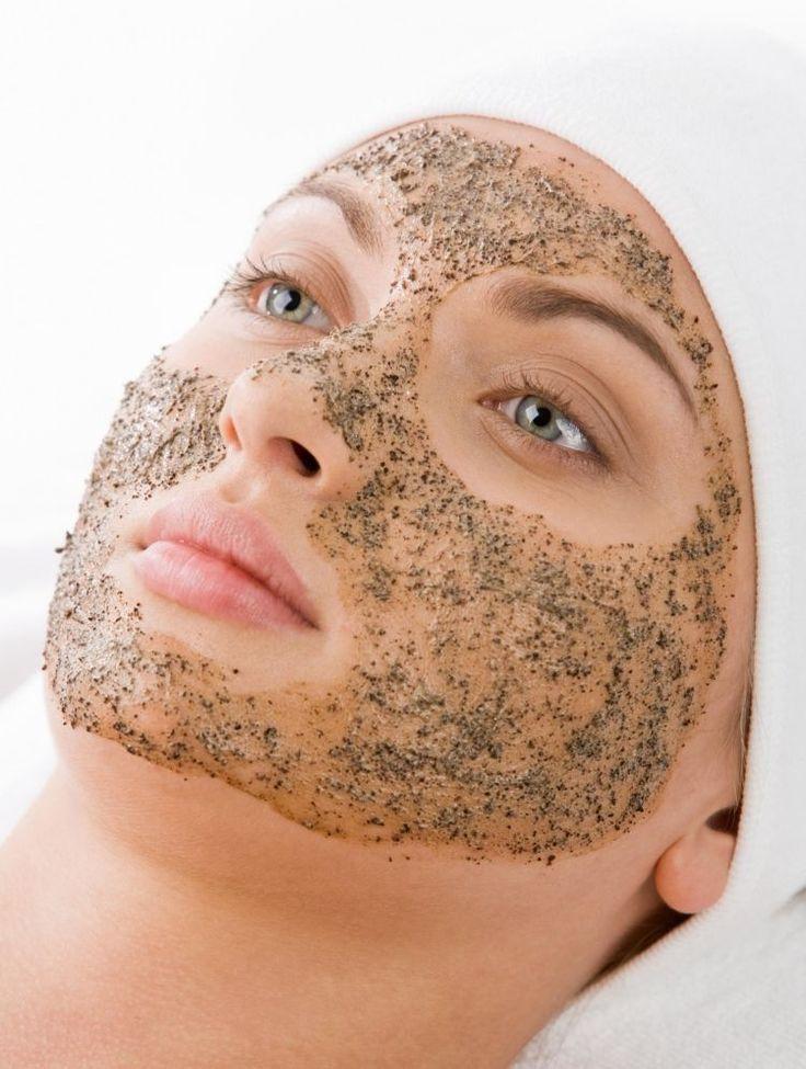 Gesichtspeeling selber machen und Hautunreinheiten vorbeugen