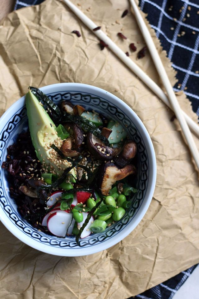 Detox proof black rice sushi veggie bowl