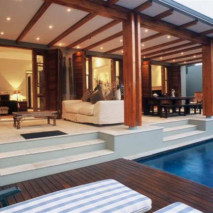 Outdoor Living Space (Tropical Modern)