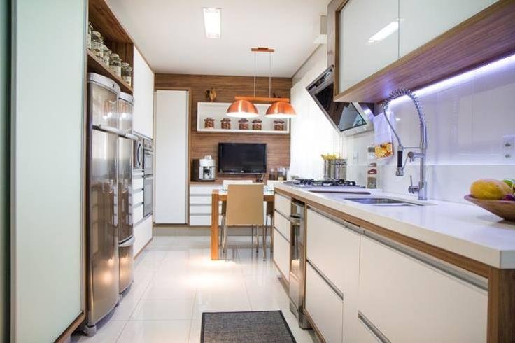 Casas Brasileiras - cozinha, coifa, copa, mesa, jantar, projeto interiores arquitetura