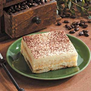 Tiramisu+Recipe+-No+one+can+resist+this+classic+cool+and+creamy+dessert.+It's+quick+to+prepare+but+can+be+made+ahead+for+added+mealtime+convenience.