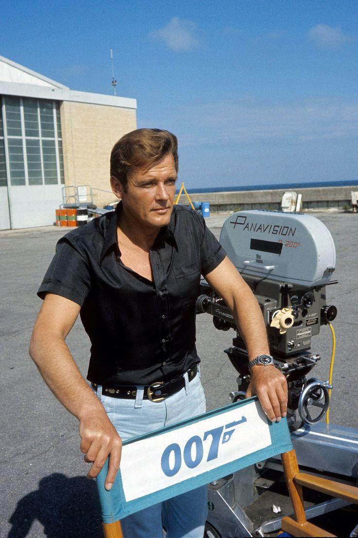 Roger Moore on set as James Bond 007