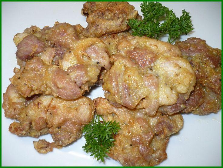 maso nakrájíme na jemné kostičky, cibuli nakrájíme na hodně jemno, přidáme koření, vejce, sůl, worchester, utřený nebo rozmačkaný česnek a asi 1...