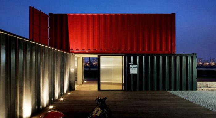 Brazilian design firm RoccoVidal, who recently merged with Perkins+Will, created an interesting concept office out of cargo containers in 2009.    ↦ Containers, yeah!