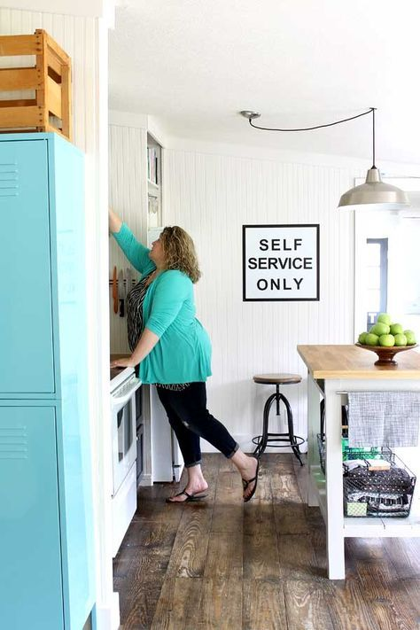 1000+ Ideas About Small Kitchen Makeovers On Pinterest