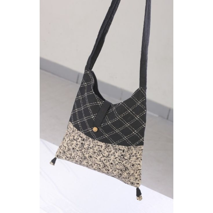Black single strap bag - Kriti-Kala