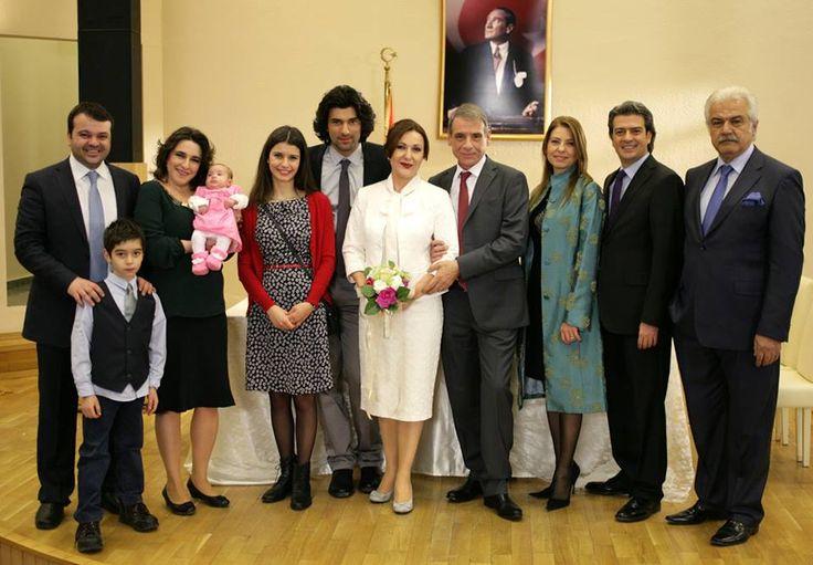 *-*  rodinná foto zo svadby Meryem a Kadira