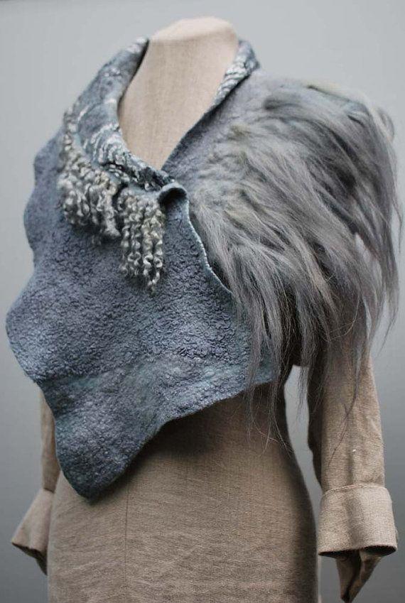Extraordinary elegant scarf