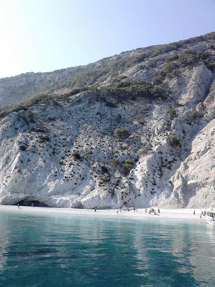 Lalaria beach, Skiathos island, Sporades, Greece. - Selected by www.oiamansion.com