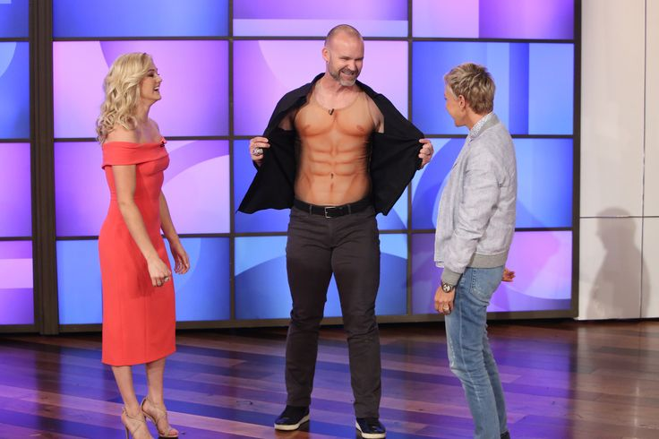 "Retired Cubs catcher David Ross and his ""Dancing with the Stars"" partner brought their risque routine inspired by ""Magic Mike"" to Ellen DeGeneres' show."