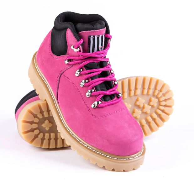 She Wear boot, hiker style - nooks & cranny