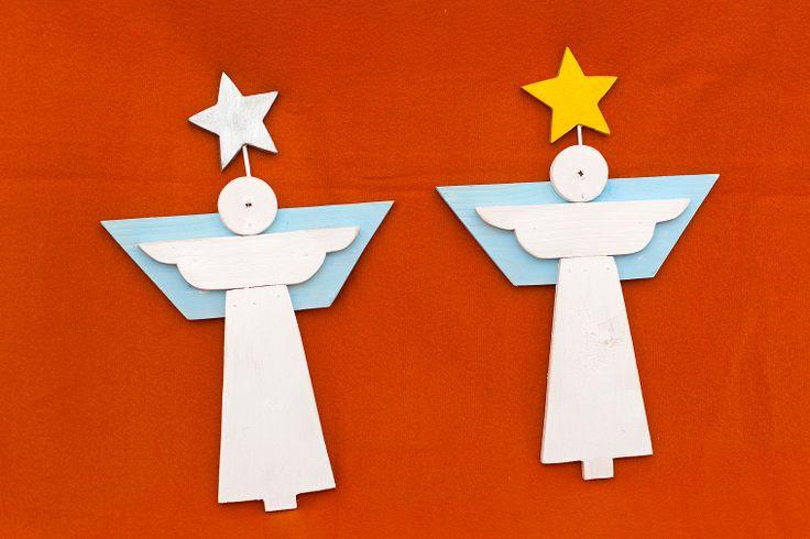 Ingeras. Lemn de brad. Varianta de agatat pe perete sau cu stativ. Inaltime: 29 cm. Pret: 40 de lei. Idea, handpainted, handmade, wood, wood crafts, reclaimed, diy, decor, diyromania, shabby chic, Christmas, decorations.