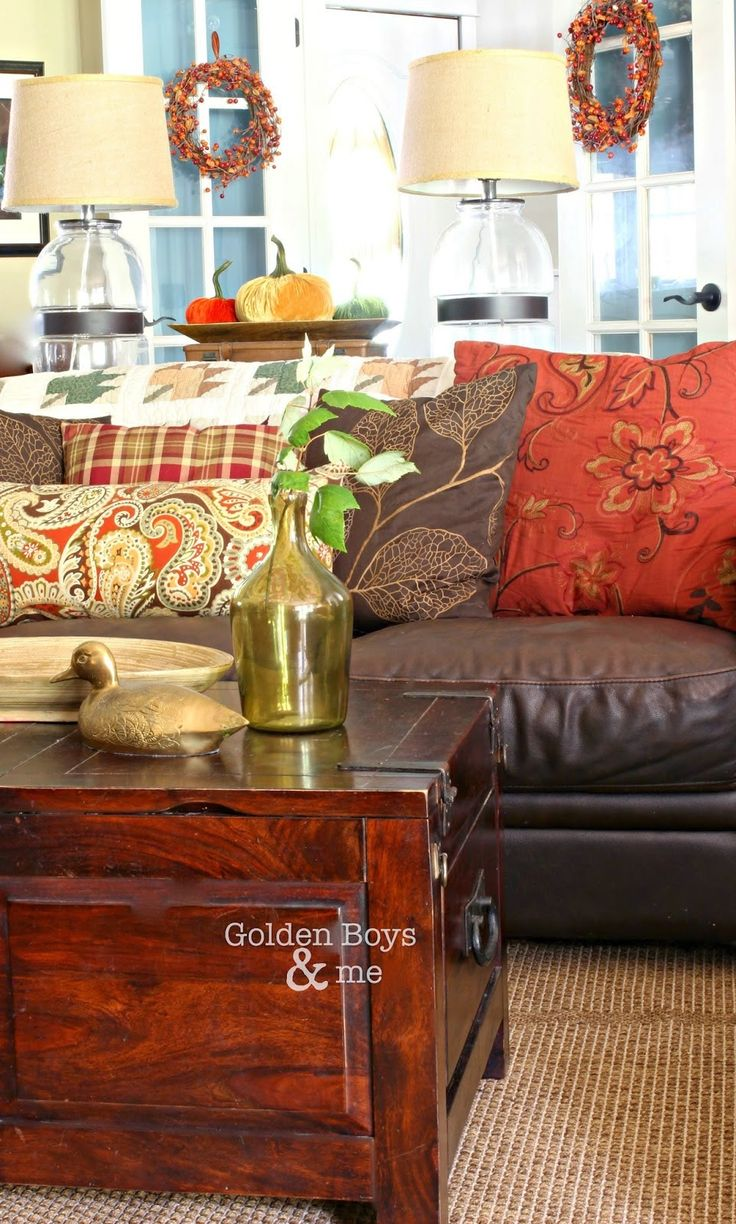 Leather Sofa Living Room 1000 Ideas About Brown Sofa Decor On Pinterest Brown Room Decor