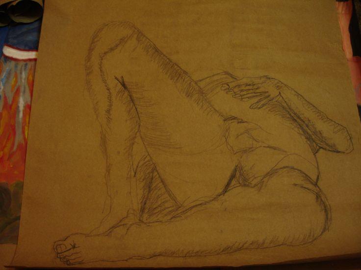 Dibujo a mano alzada en carboncillo Figura humana