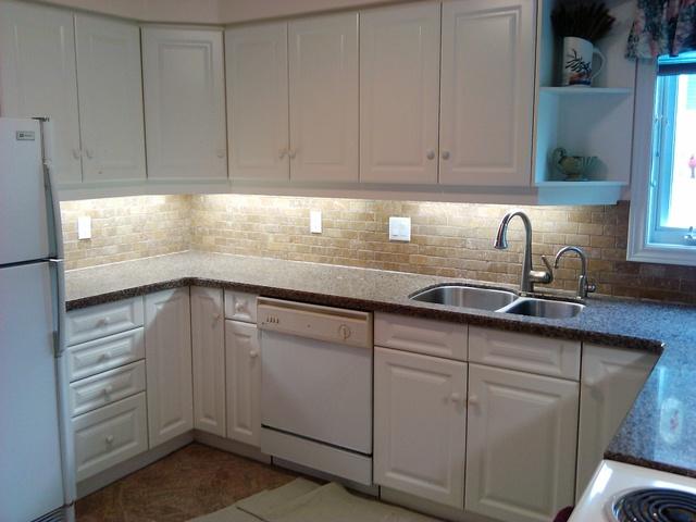 Light kitchen by Schweitzer's