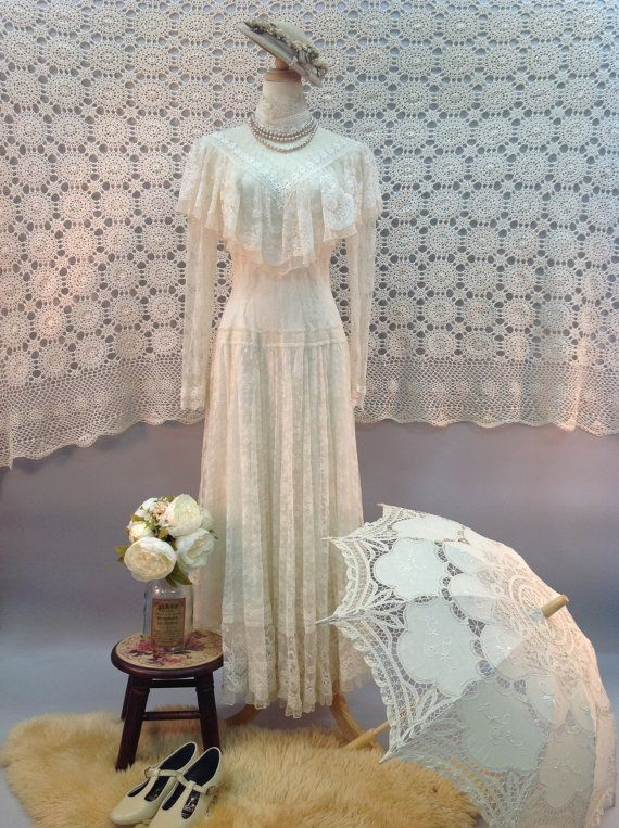 Vintage Jessica McClintock Sheer Lace Boho by BlessingKnotBridal, US$410.00