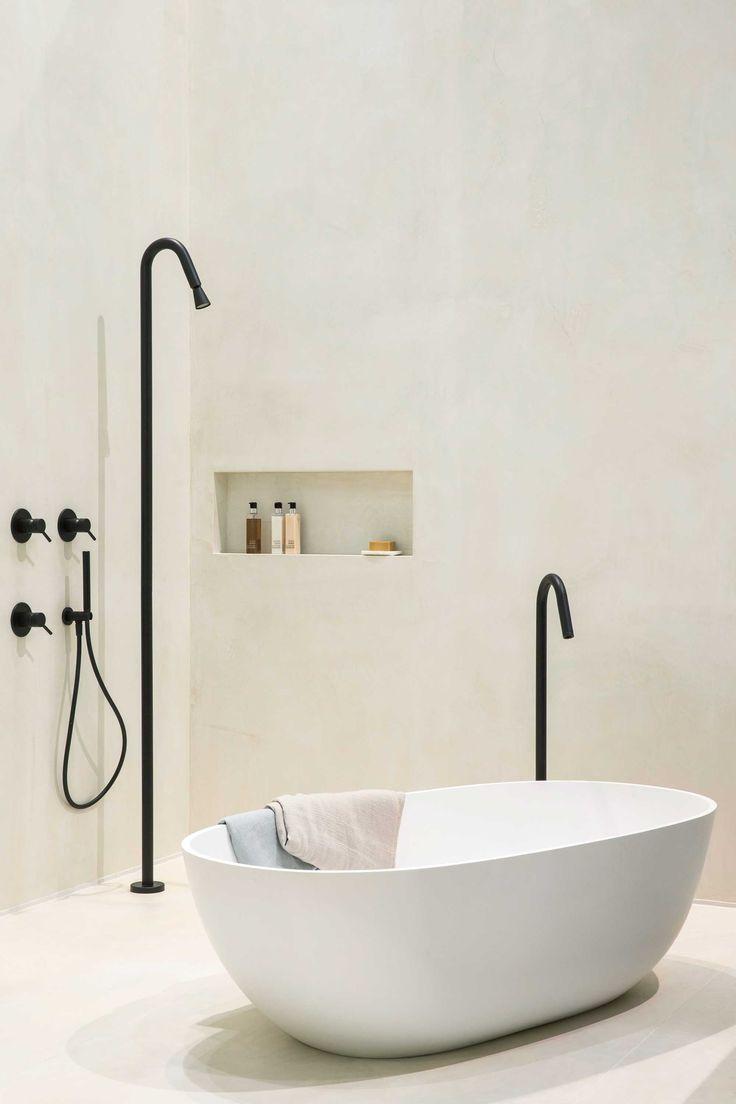25 beste idee n over vrijstaand bad op pinterest bad verbouwen bad en badkamers - Badkamer muur tegels porcelanosa ...