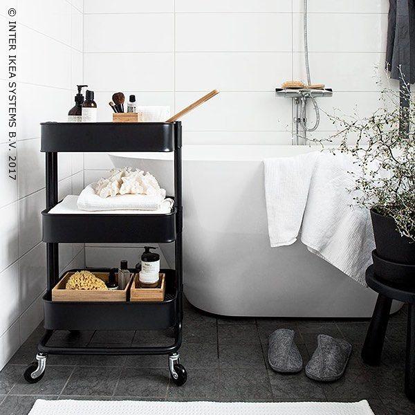696 vind-ik-leuks, 3 reacties - IKEA Belgium (@ikeabelgium) op Instagram: 'Baden in het licht. RÅSKOG Roltafel, 39,99/st. ✨ ⚫️ Être baigné de lumière. RÅSKOG Table à…'