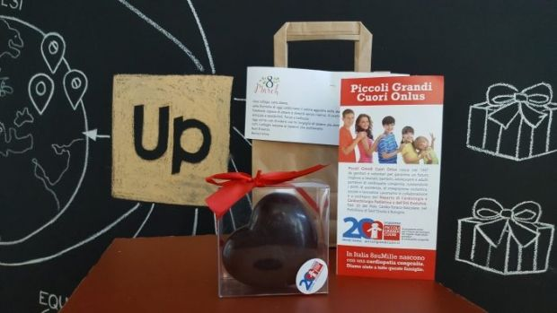 #8marzo, Day omaggia le donne in azienda con un cuore di cioccolato di Piccoli Grandi Cuori Onlus per aiutare i bambini malati.