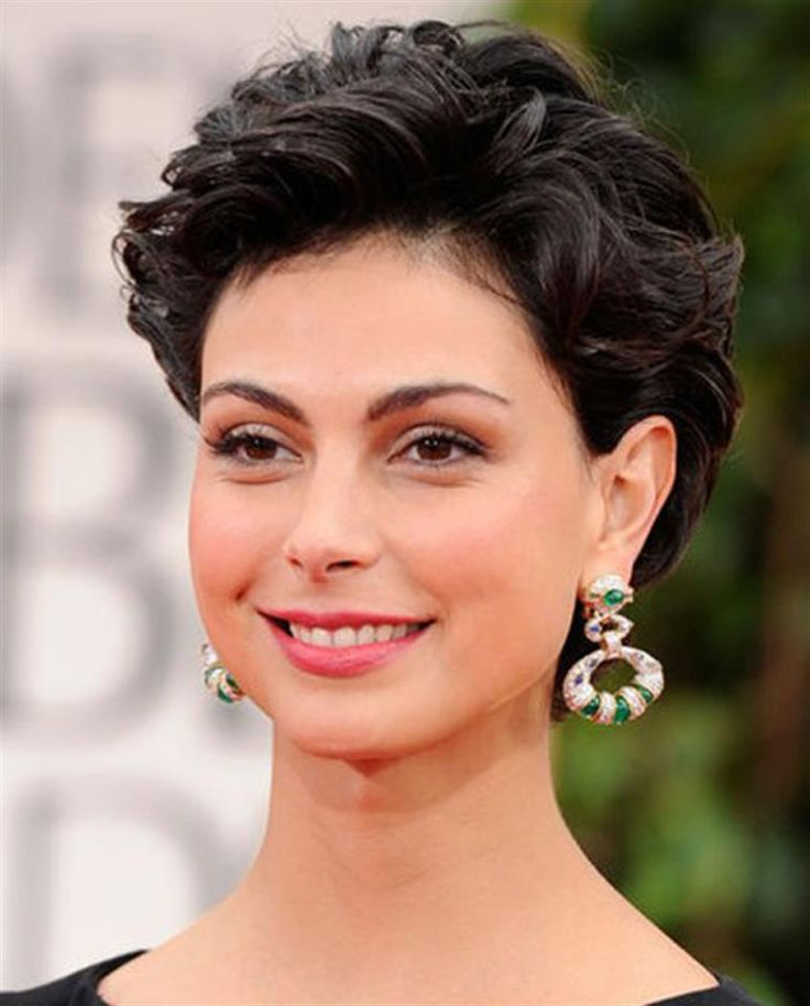 Morena Baccarin Hair in 2019 Short hair styles for round