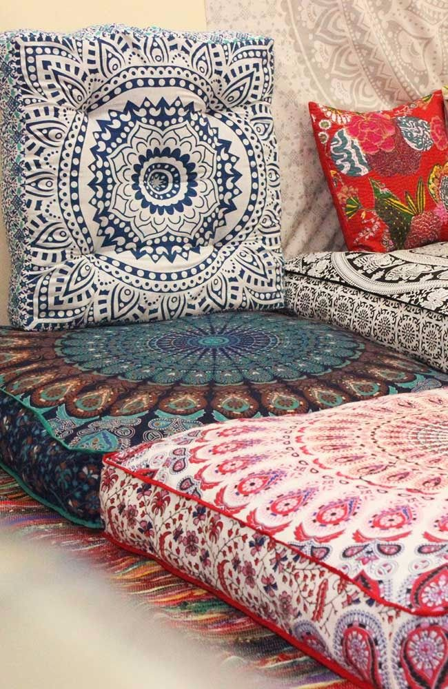 Need These Indian Floor Pillow Poufs Mandala Box Pet Or Dog Beds