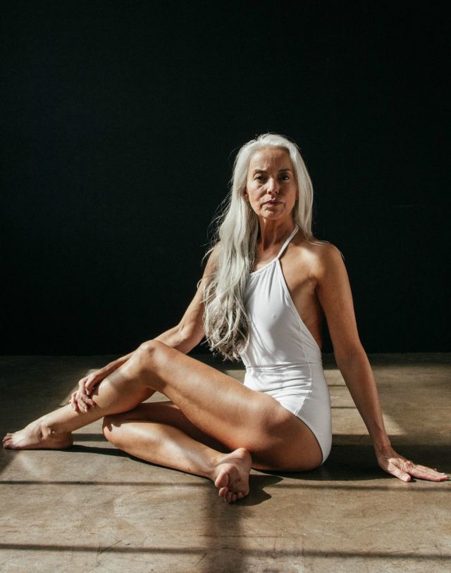 This 60-Year-Old Swimsuit Model Proves Age is Just a Number