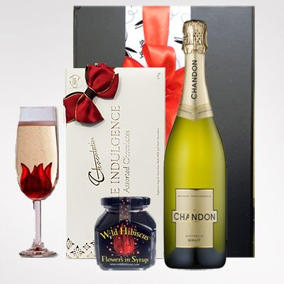 Bubbles with a Twist Gift Hamper $119