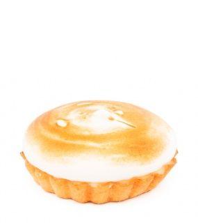 Mandlovo – vanilkový košíček s citrónovým krémem zdobený bílkovou čepicí. Lehký a svěží dezert přímo pro Vás!