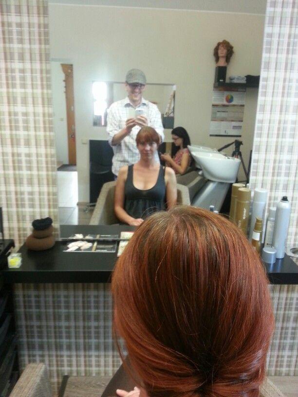 """Zábava při  natáčení seriálu """"Ať se vlasy mají""""  v #ellements kadeřnictví #Joico ⭐"""