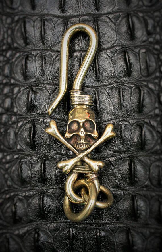 Skull Brass Hook Key Chain/Key Holder  Crossbones Spooky by Mygoth (GBK0011)